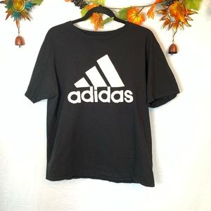 Adidas The go to T black large